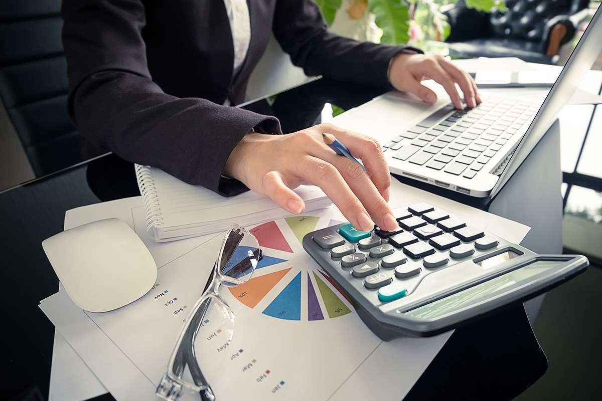 Calculating the Asset Turnover Ratio